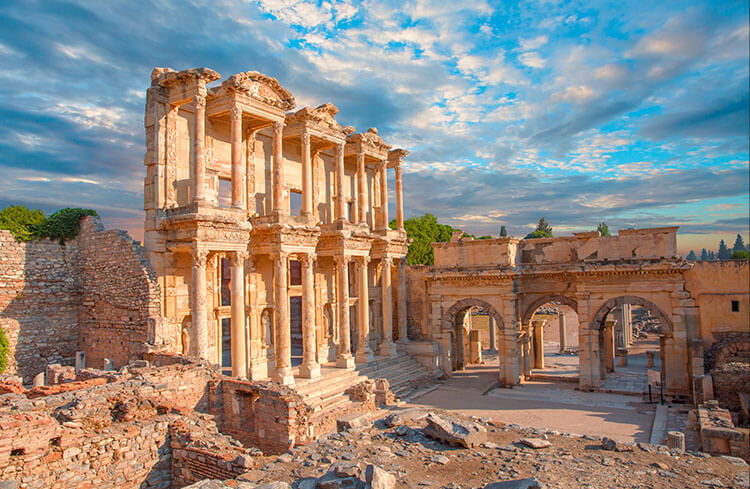 celsus-library-in-ephesus[1]
